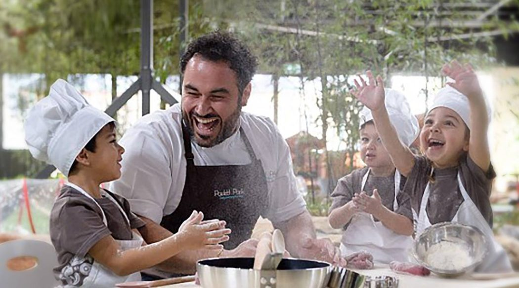 Miguel Maestre cooking with Paisley Park Randwick Children